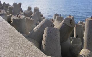 Tetrapoden im Küstenschutz