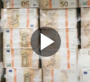 Symbolbild Bargeld, 50-Euro-Scheine