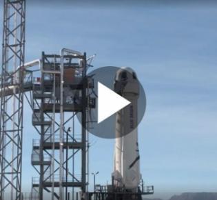 Startrampe mit New-Shepard-Trägerrakete von Blue origin
