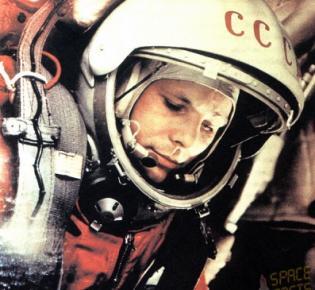 Juri Gagarin im Raumanzug