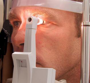 Messung des Augeninnendrucks (Tonometrie)