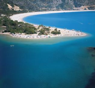Die Blaue Lagune von Ölü Deniz