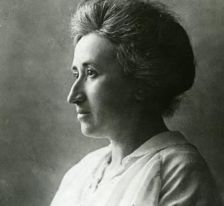 Rosa Luxemburg, 1910