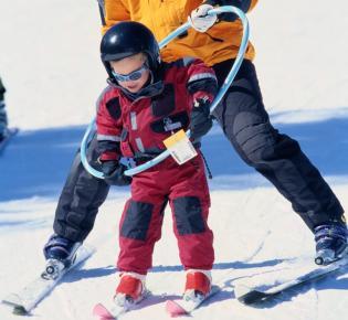 Einsatz eines Ski Hoops bei Skianfänger
