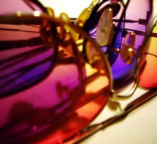 Sonnebrillen verschiedener Tönung