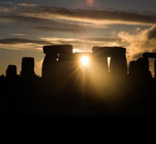 Stonehenge zur Zeit der Wintersonnenwende