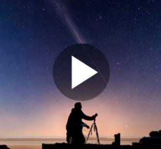 Starlink-Satelliten am Nachthimmel