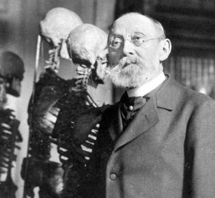 Robert Virchow in seinem Arbeitszimmer