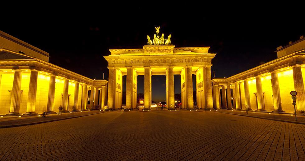 Das Brandenburger Tor  - ein Symbol der Deutschen Einheit