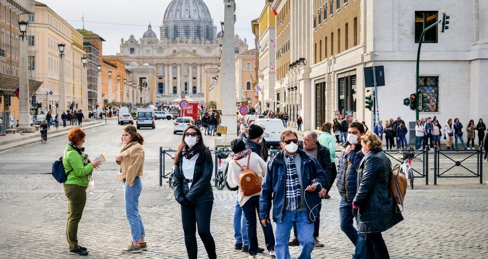 Touristen in Rom während der Corona-Pandemie