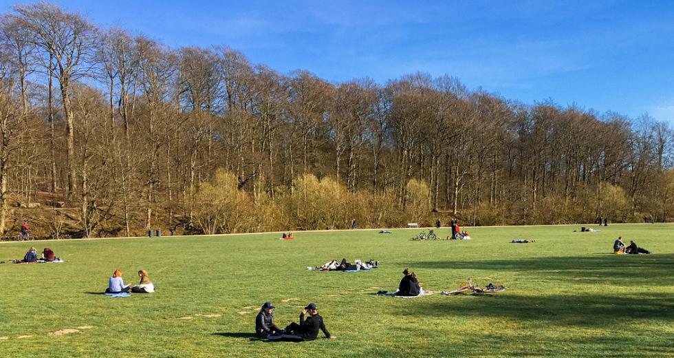 Social Distancing im Park