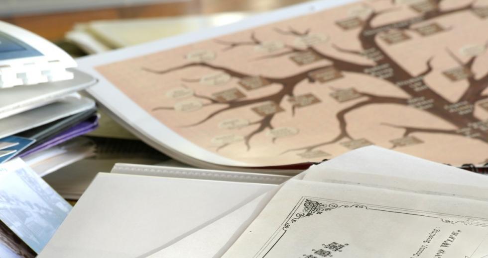 Stammbaum, Urkunden, Fotos etc.