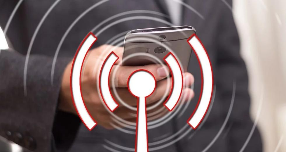 Smartphone und Sendersymbol