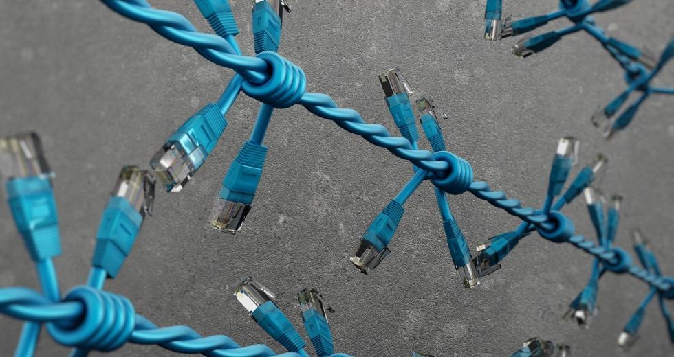 Stacheldraht aus USB-Kabeln