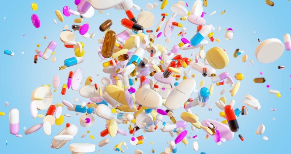 Bunter Regen aus Tabletten und Pillen