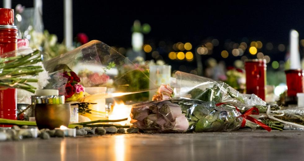 Gedenken an die Toten eines Anschlags