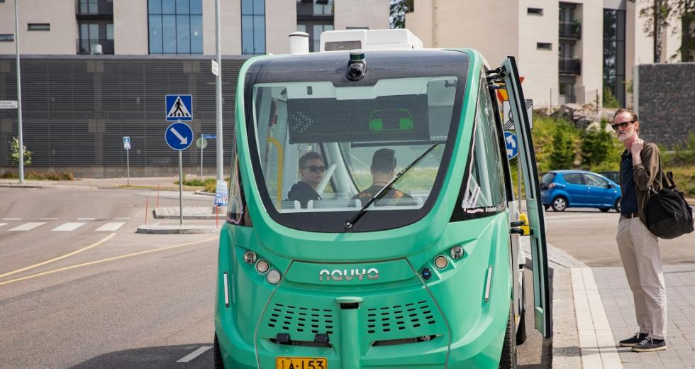 Autonom fahrender Shuttle-Bus in Helsinki
