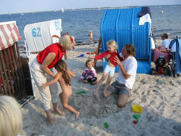 Am Wasser Sandspielen - gigantisch!