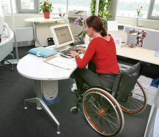 Behindertengerechter Arbeitsplatz
