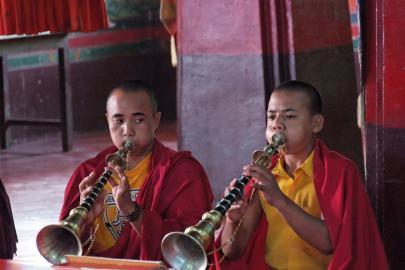 Zwei junge Buddhisten