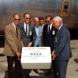 Apollo 11 - die ersten Proben
