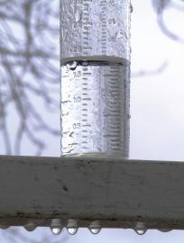 Niederschlagsmesser