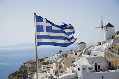 Griechische Flagge auf Santorin