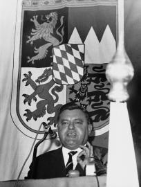 Franz-Josef Strauß stürzt über die SPIEGEL-Affaire