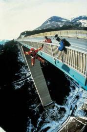 1963 / aus aller Welt / 815m lange Europabrücke zwischen Innsbruck und Schönberg