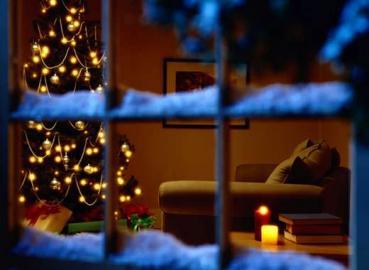 Lichterkette, Weihnachtsbaum, Schnee,Fenster, Wohnzimmer,  Weihnachten, Winter,