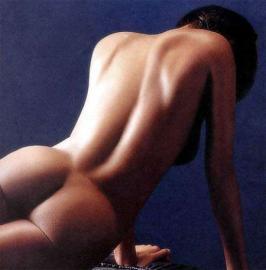 weiblicher Akt, nackt, Rücken, Po, Hintern