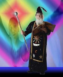 Zauberer und Feen sind Märchenfiguren, die es nicht wirklich gibt.