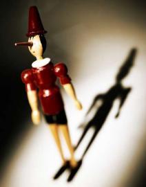Die Geschichte von Pinocchio, der Marionette die ein richtiger Junge sein möchte