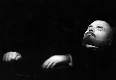 Tod Lenins /  Einbalsamierter Lenin