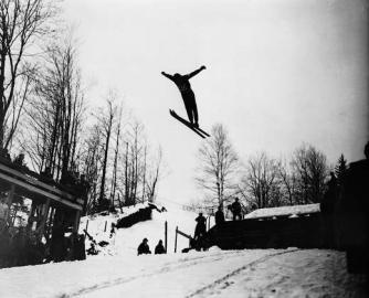 Johan Grotumsbraaten sprang 1932 in Lake Placid schon viel weiter als sein norwe