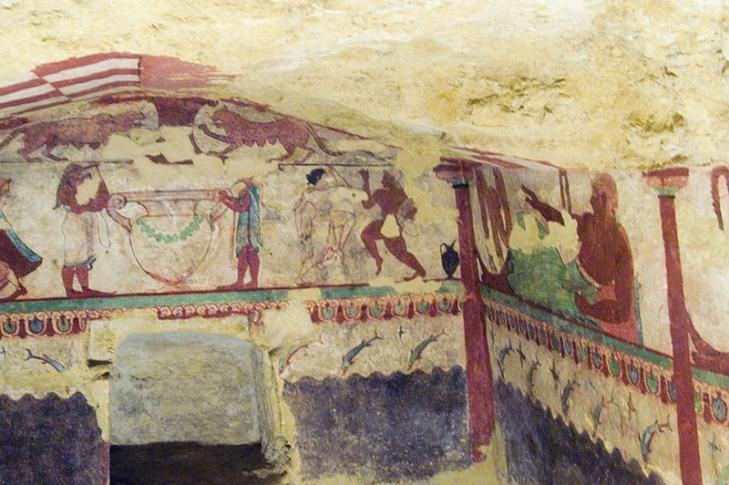 Wandmalerei in einer Grabkammer in Tarquinia