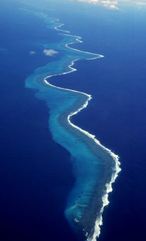 Die Grande Terre ist mit 28.000 km² die größte Lagune der Welt