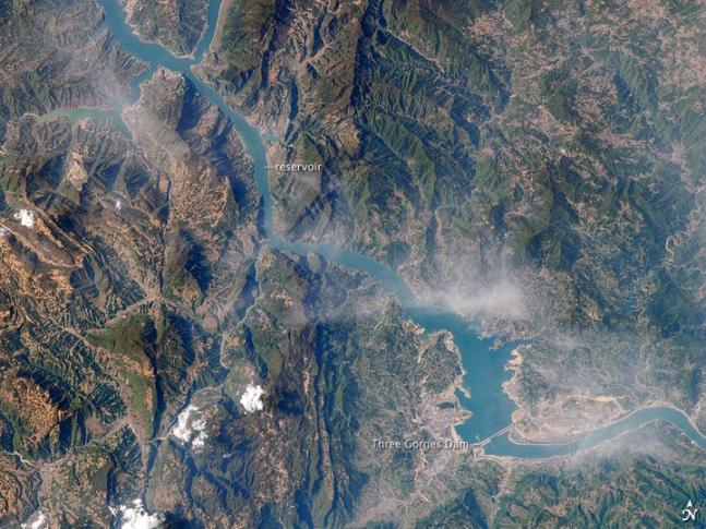 Talsperren und Stauseen: Drei-Schluchten-Damm - die Perspektive von oben