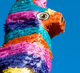Bunte Piñata